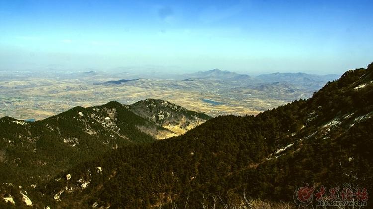 随临沂户外穿越大天崮俯瞰沂蒙山