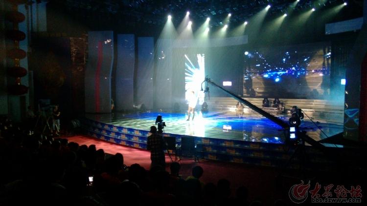 奥特莱斯杯2013日照市青少年歌手电视大赛