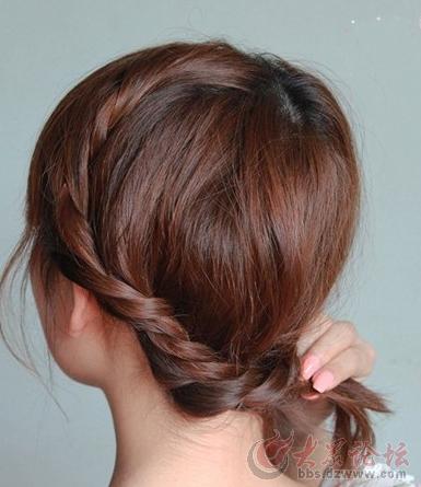 简单齐肩发发型扎法图解