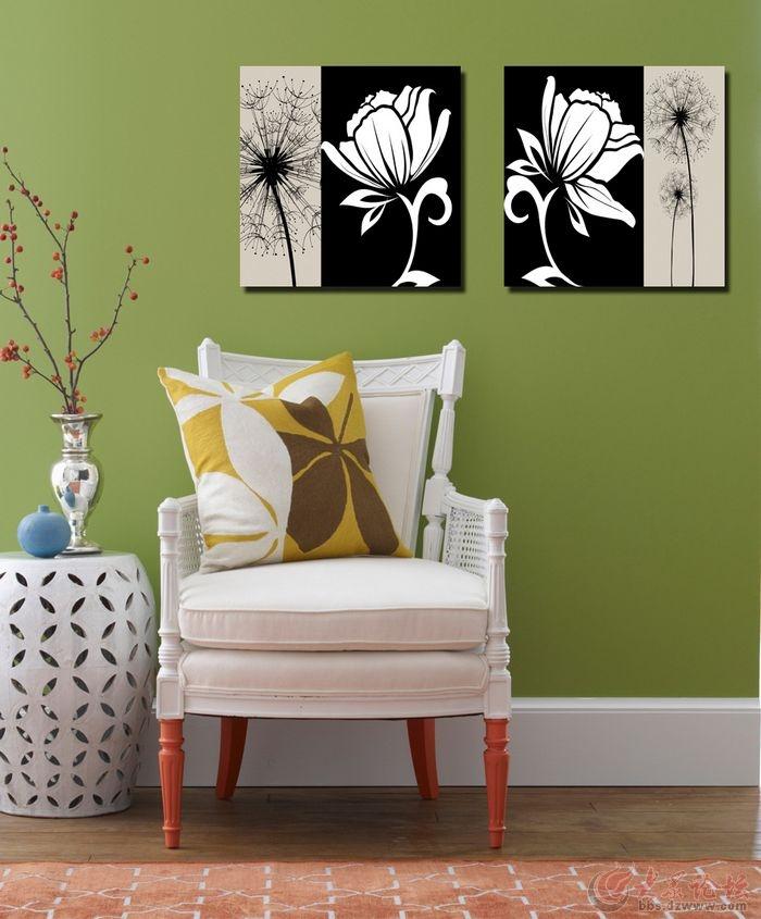 就像近年来比较流行的沙发组合方式l型沙发,角部装饰画也有异曲同工之