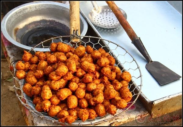 水城杂谈--你见过这样炸绿豆丸子吗?
