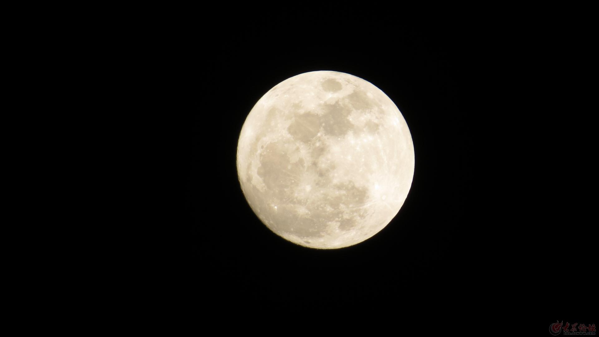 在静静的月夜合唱简谱