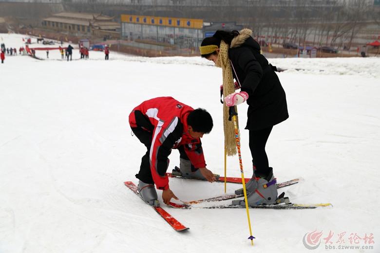 东营龙居桃花岛滑雪场2