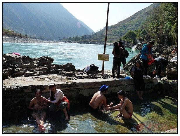 云南傈僳族自治州--春节澡堂会 - 济南拍客 - 大