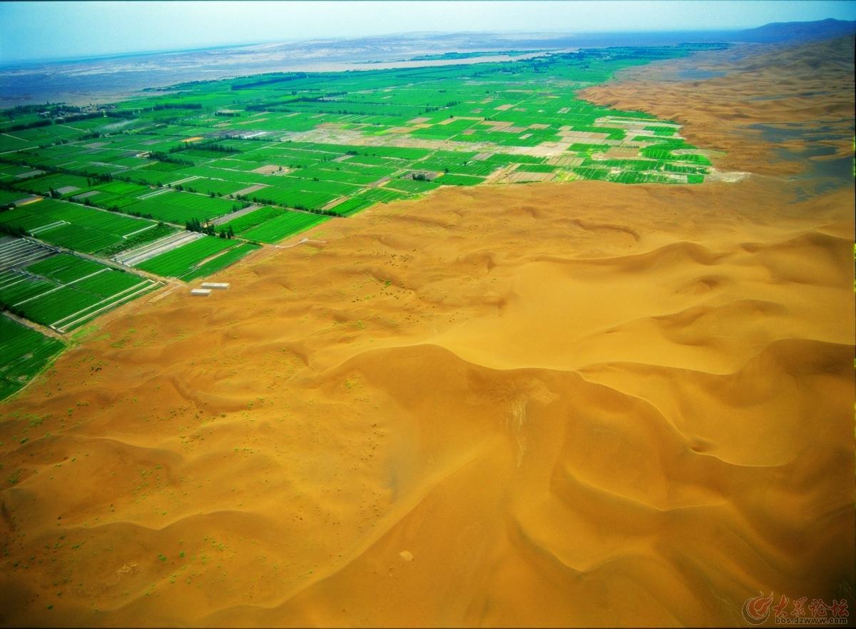 塔里木盆地·鄯善:绿洲与沙漠直接握手=选择了一张看