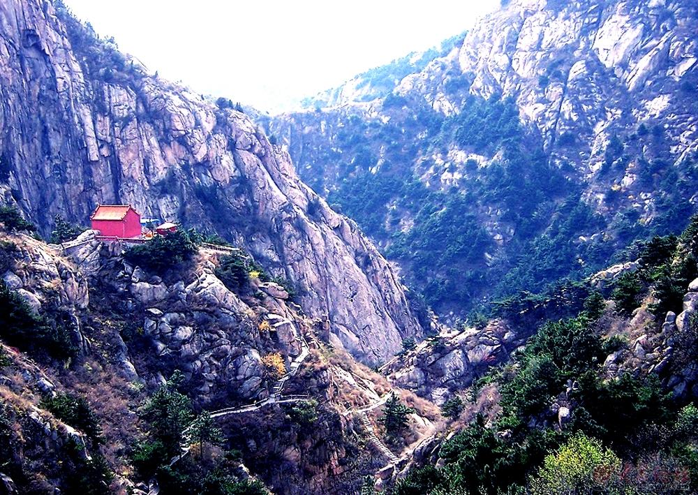 莱芜房干九龙大峡谷风景区