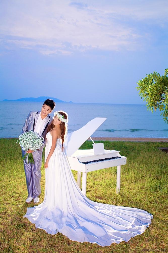 沂蒙人民去三亚拍摄海边婚纱照