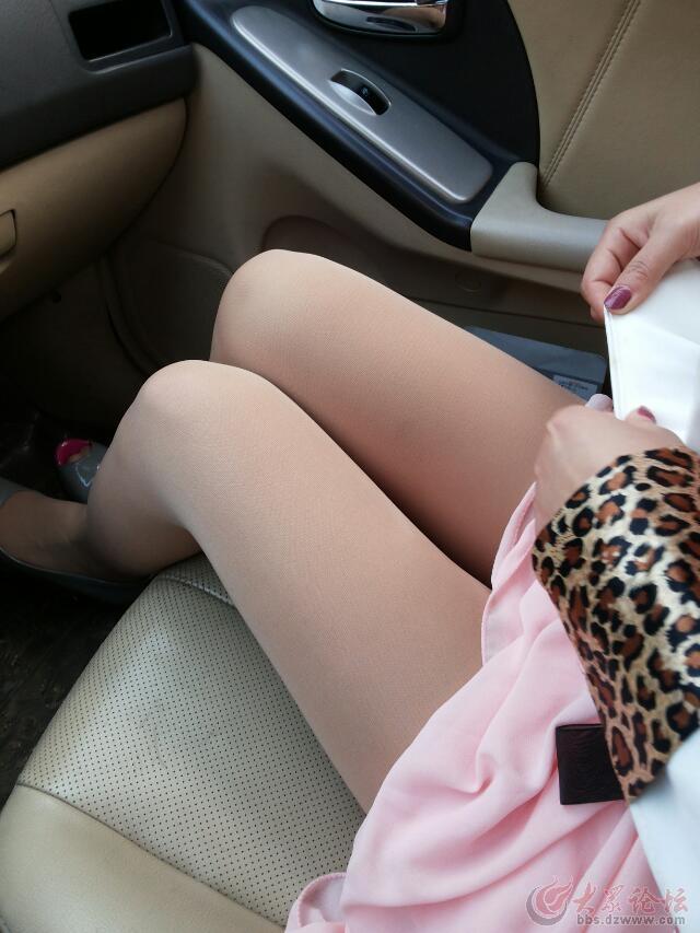 最新丝袜车震美女!男人不看后悔 竖