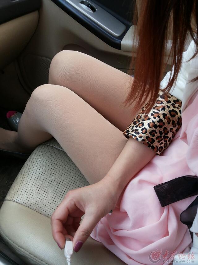 最新丝袜车震美女!男人不看后悔