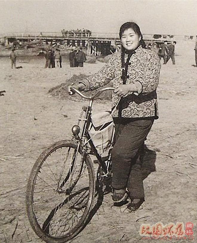 20世纪60---80年代响当当的名牌产品大金鹿自行车