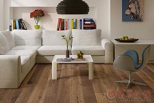 木地板铺设好后可任性入住吗?