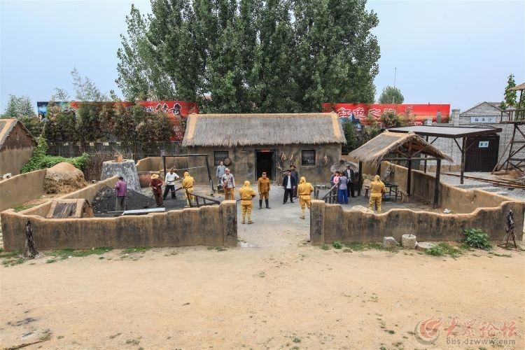 枣庄影视基地_小小飞虎队开播仪式在葫芦套影视基地举行枣