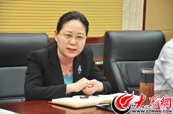 2 菏泽市委副书记李建华出席座谈会并讲话.jpg