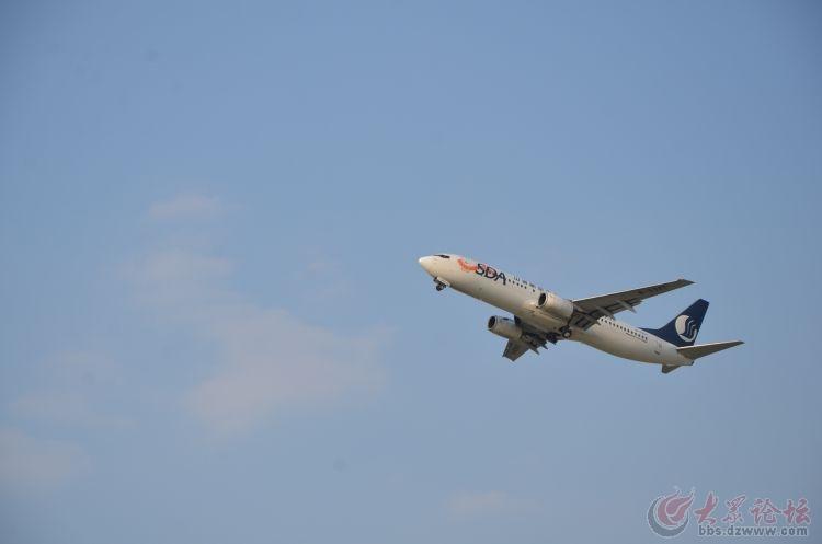 日照机场飞机训练飞行照