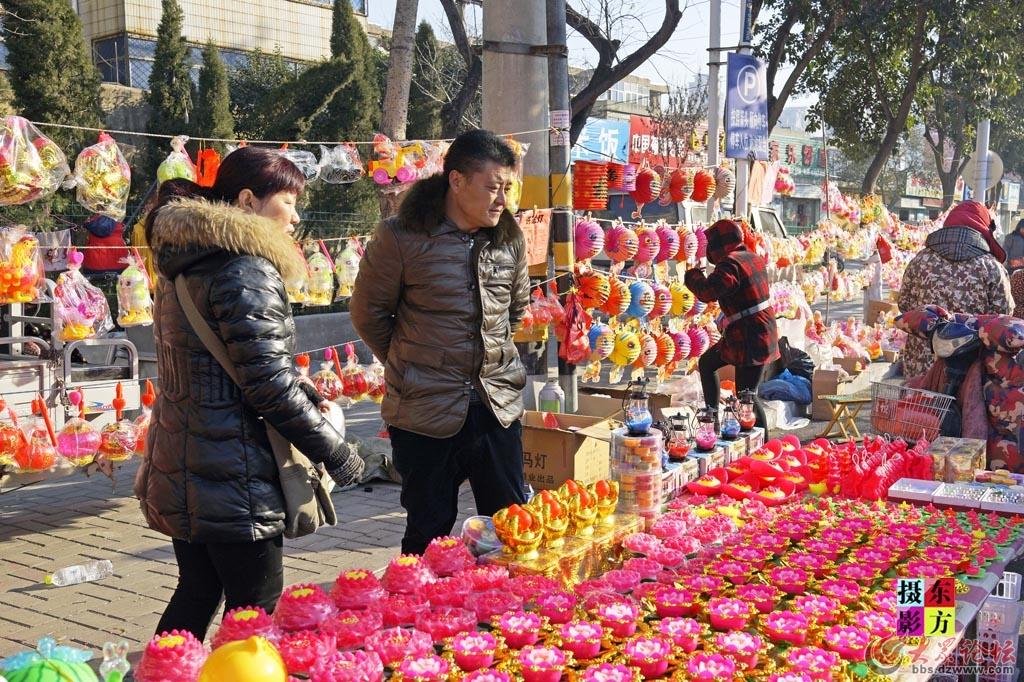 正月十五的花灯市场4..jpg