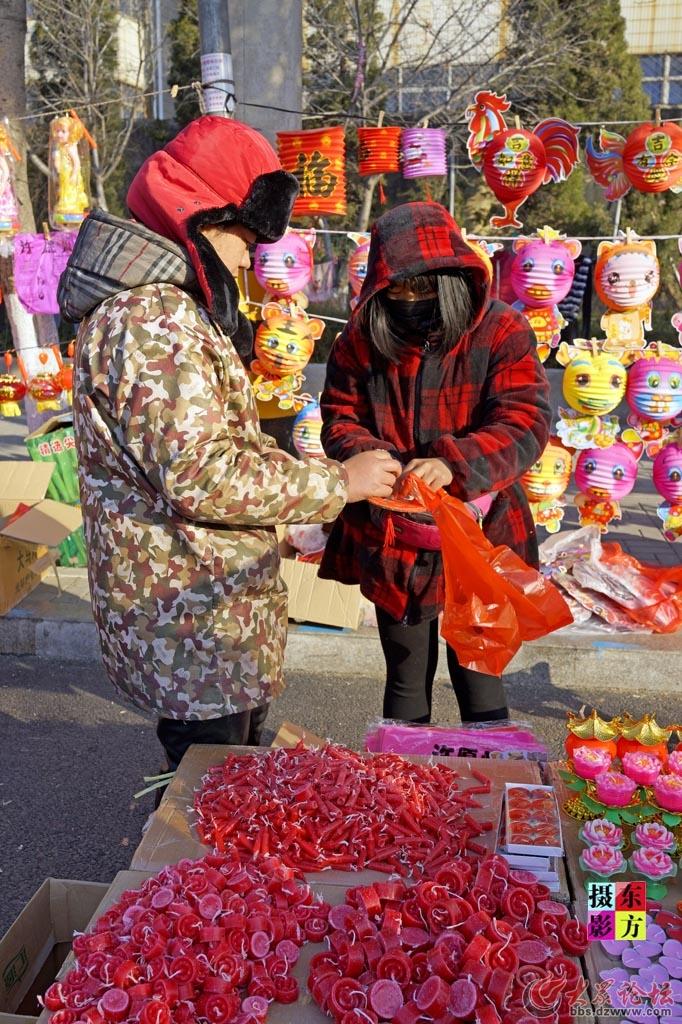 正月十五的花灯市场14..jpg