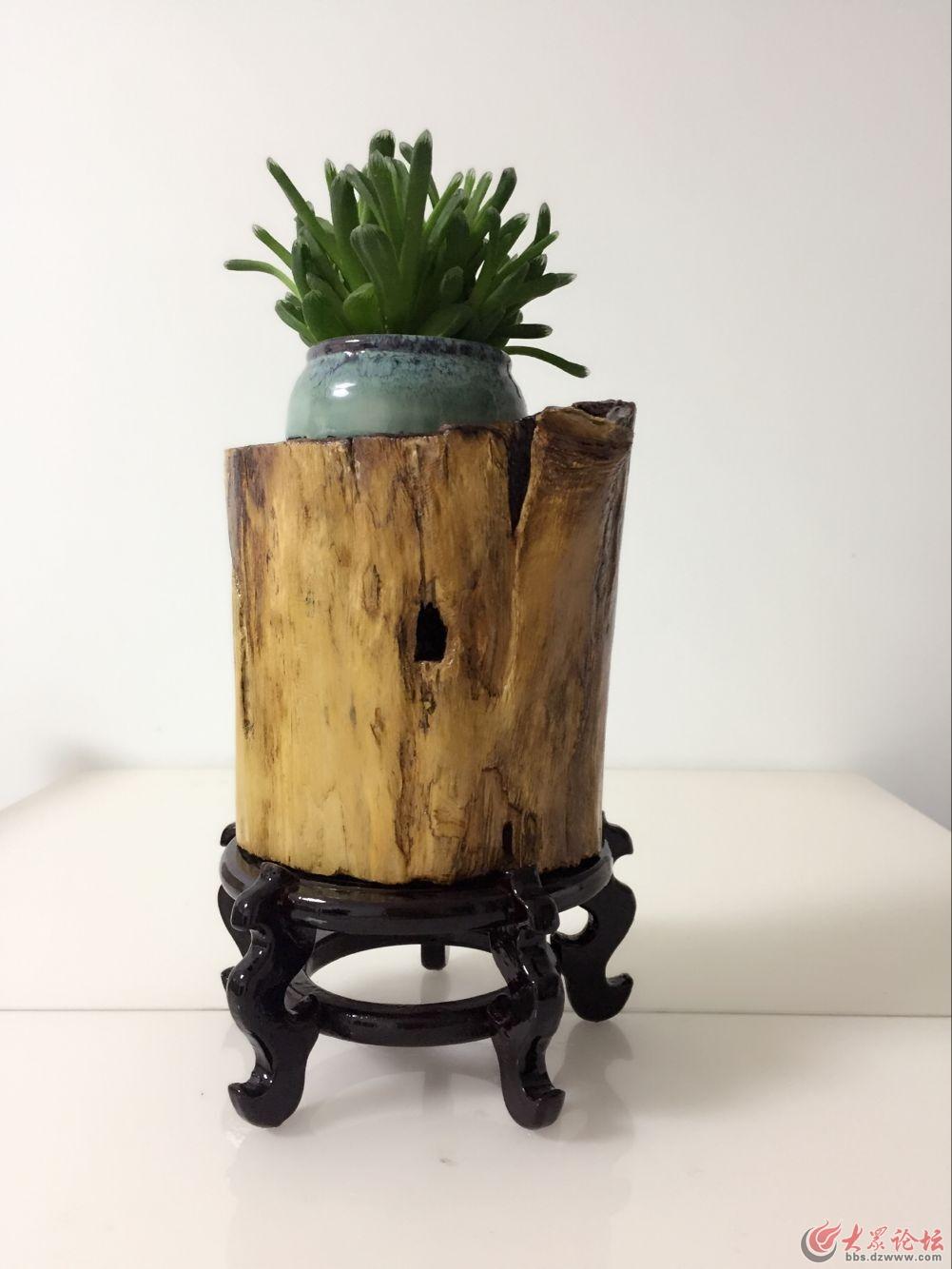 纯木头制作的花盆 有喜欢的吗